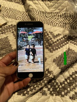 Verizon IPhone 8 for Sale in Henderson, CO