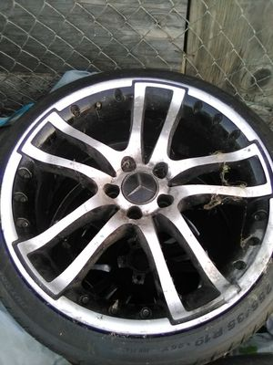 19*Mercedes rims and tires for Sale in Riverside, CA