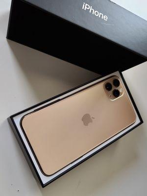 IPHONE 11 PRO MAX 256GB UNLOCKED for Sale in Clovis, CA