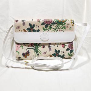 GUCCI   Flora Crossbody Handbag for Sale in Chicago, IL