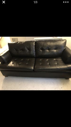 Leather sofa couch for sale! for Sale in Fairfax, VA