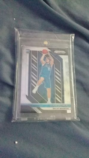 LUKA DONCIC PRIZM ROOKIE for Sale in Anaheim, CA