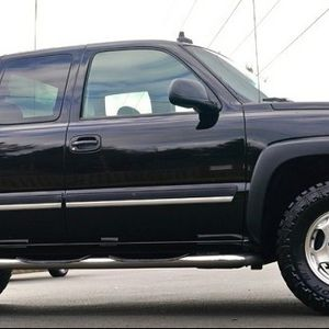 FULLY LOADED 2003 CHEVROLET SILVERADO COMES WITH BLUETOOTH STEREO$ for Sale in Providence, RI