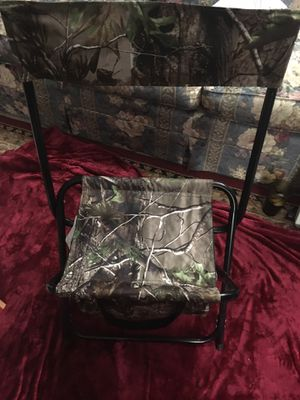 Hunting/Fishing Chair With Cooler/Storage Compartment for Sale in Grove City, OH