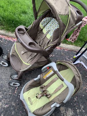 Graco Car seat and stroller bundle for Sale in Hilliard, OH