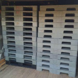 43 By 43 Heavy Duty Plastic Pallets for Sale in Frostproof, FL