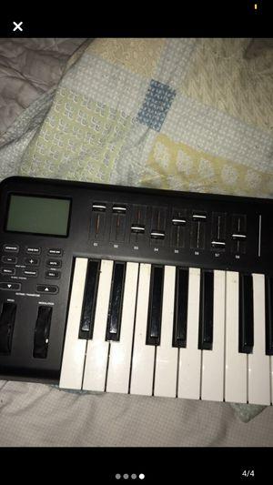 Alesis Q49 Midi Keyboard for Sale in Baton Rouge, LA