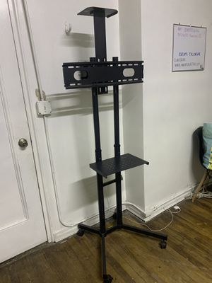 50 Inch TV mount for Sale in Queens, NY