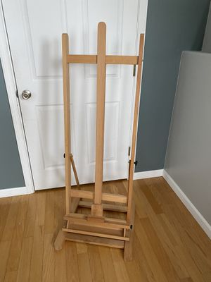 Floor easel for Sale in Kennewick, WA