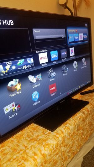 "46""Samsung Led Smart TV wi-fi HD 1080p clear motion 120hz Slim UN46D6050 for Sale in San Jose, CA"