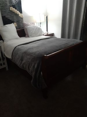 Queen bed set for Sale in Lakeside, CA