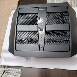 NETGEAR Nighthawk X6S Tri Band Router for Sale in Galt, CA