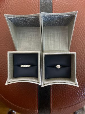 1 carat engagement ring and 1 carat wedding band for Sale in Santa Fe Springs, CA