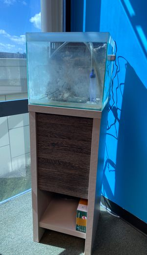 Fish tank with stand for Sale in Orlando, FL