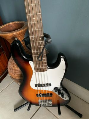 Squire Jazz Bass Guitar 5 String $225 obo for Sale in Fort Lauderdale, FL