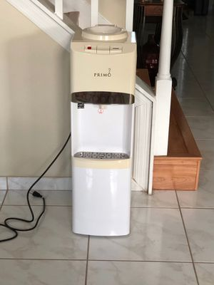 Primo Water Dispenser Cooler / Heater for Sale in Orlando, FL