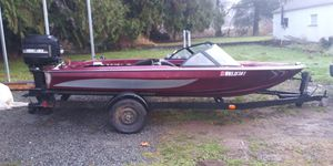 Lewis speed boat seats 4 as is motor runs great low hrs for Sale in Greenbank, WA