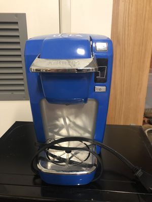 Keurig single serve coffee maker for Sale in Los Angeles, CA