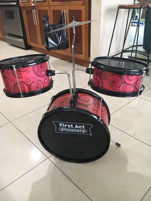 First Act Kid's Drumset for Sale in San Diego, CA