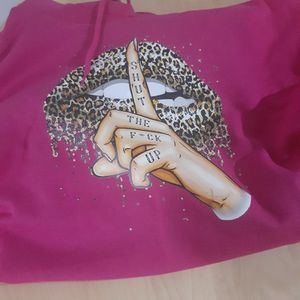 woman pink hoodie with hood and pockets size 2xl for Sale in Paterson, NJ