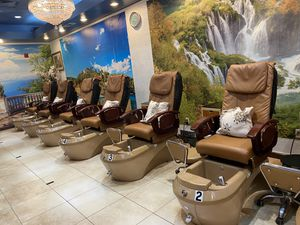Pedicure Chairs for Sale in Fort Worth, TX