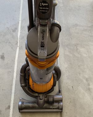 Dyson DC25 vacuum. Excellent condition. for Sale in Winchester, CA
