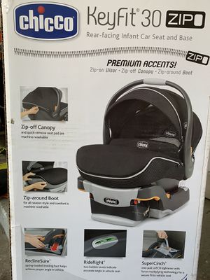 Chicco KeyFit 30 Infant Car Seat, Base and Stroller for Sale in Warren, MI