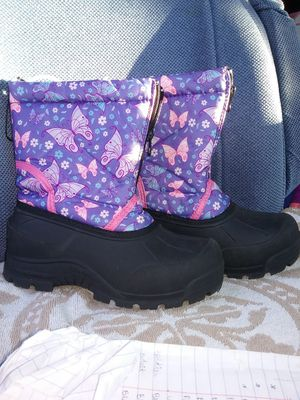 Snow boots, size 2 kids, like new for Sale in San Jose, CA