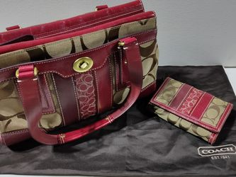 COACH Purse & Wallet for Sale in Gresham,  OR
