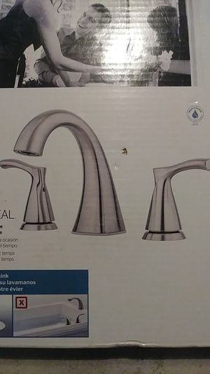 New pfister faucet. Or best offer for Sale in Victoria, TX