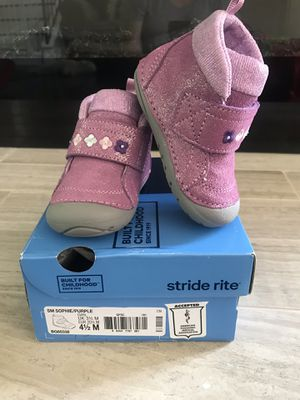 New Boots for girls size 41/2 for Sale in San Jose, CA