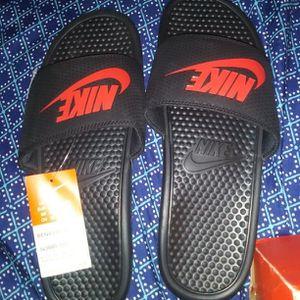 Men's Red/black Size 12 Nike Slides for Sale in Moore, OK