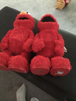Two Elmo for decoration doesn't work for Sale in Cocoa, FL
