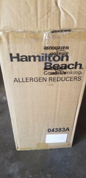 New Hamilton Beach Allergen Reducer Humidifier for Sale in Modesto, CA