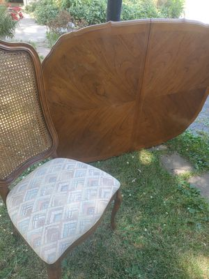 Kitchen table with 6 chairs for Sale in Strongsville, OH
