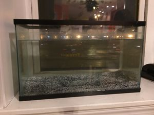 10 Gallon Fish Tank for Sale in Chicago, IL