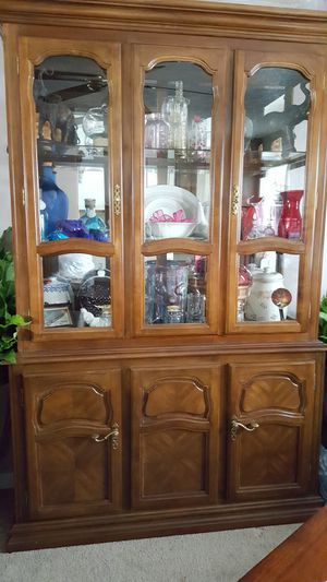 Curio Cabinet for Sale in Independence, KY