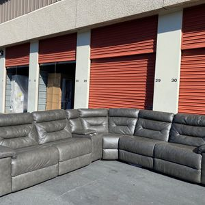 CLEARANCE | COSTCO Leather Power Reclining Sectional, Gray | 🔥$50 DOWN for Sale in San Diego, CA