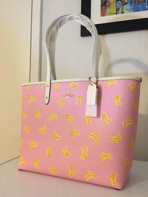 New Coach reversible tote bag bananas print for Sale in Houston, TX