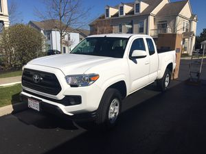 Toyota Tacoma 2017 4x4 SR 4 cylinder for Sale in New Albany, OH