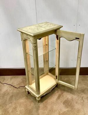 Cute little wood-glass display side cabinet for Sale in Hesperia, CA