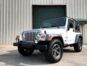 $12OO Only 2OO4 Jeep Wrangler Low Price for Sale in Danville, VA