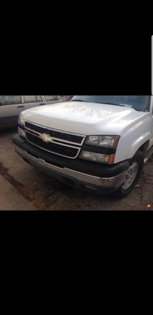 2005 Chevy HD hood only, no more parts!!! for Sale in Los Angeles, CA