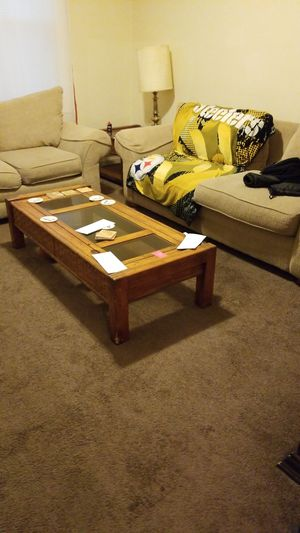Bassett furniture w 2 end tables & coffee table for Sale in Washington, DC