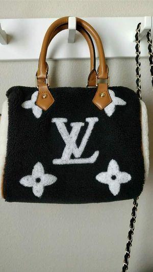 Women fur handbag purse for Sale in Houston, TX