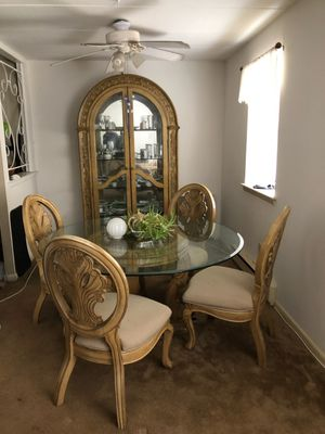 Dining room set w/ China cabinet for Sale in Philadelphia, PA