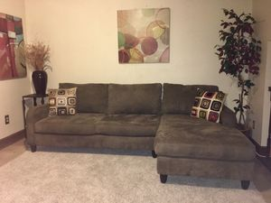 Brown Macy's Sectional-(Can Deliver for$25) for Sale in UPPR MARLBORO, MD