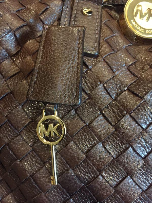 Designer leather shoulder bag purse