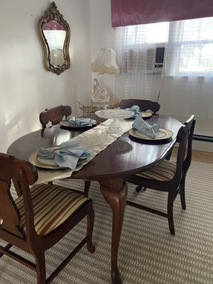 Dining room table with four chairs for Sale in North Arlington, NJ