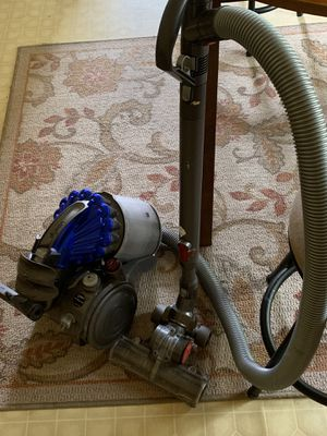 Dyson canister vacuum for Sale in Sanford, NC